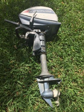 Evinrude 5 hp 1965 model 5502 5503 outboard boat motor for Outboard boat motor repair